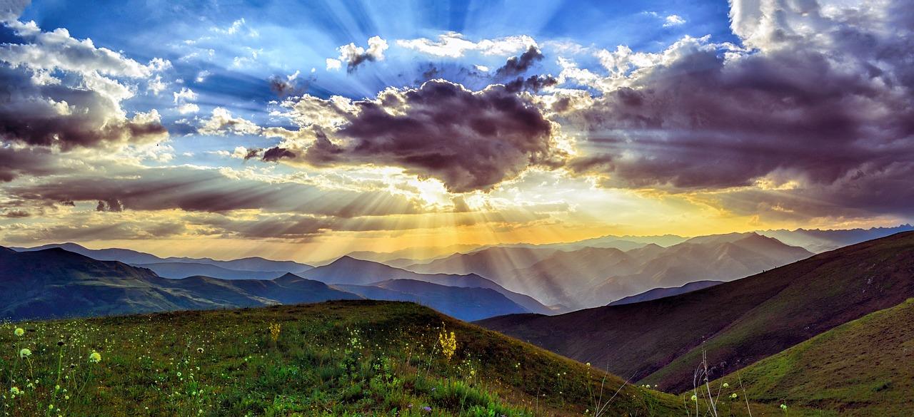 初心者の為の登山のルールとマナー10か条とくじゅうのミヤマキリシマ